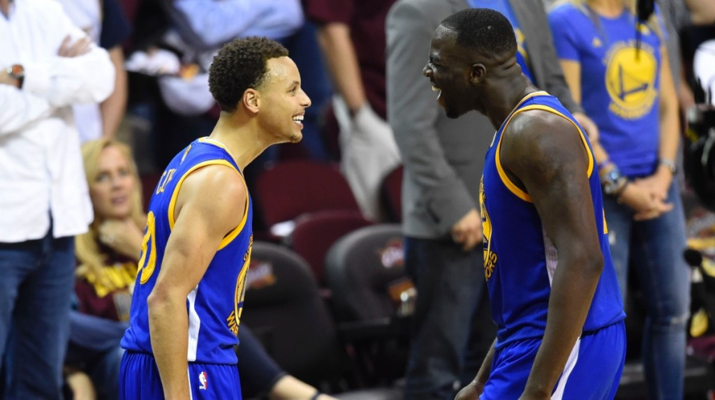 Steph Curry ir Draymond Green Warriors